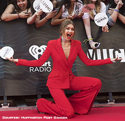 Gigi Hadid on the Red Carpet before hosting iHeartRadio MMVAs